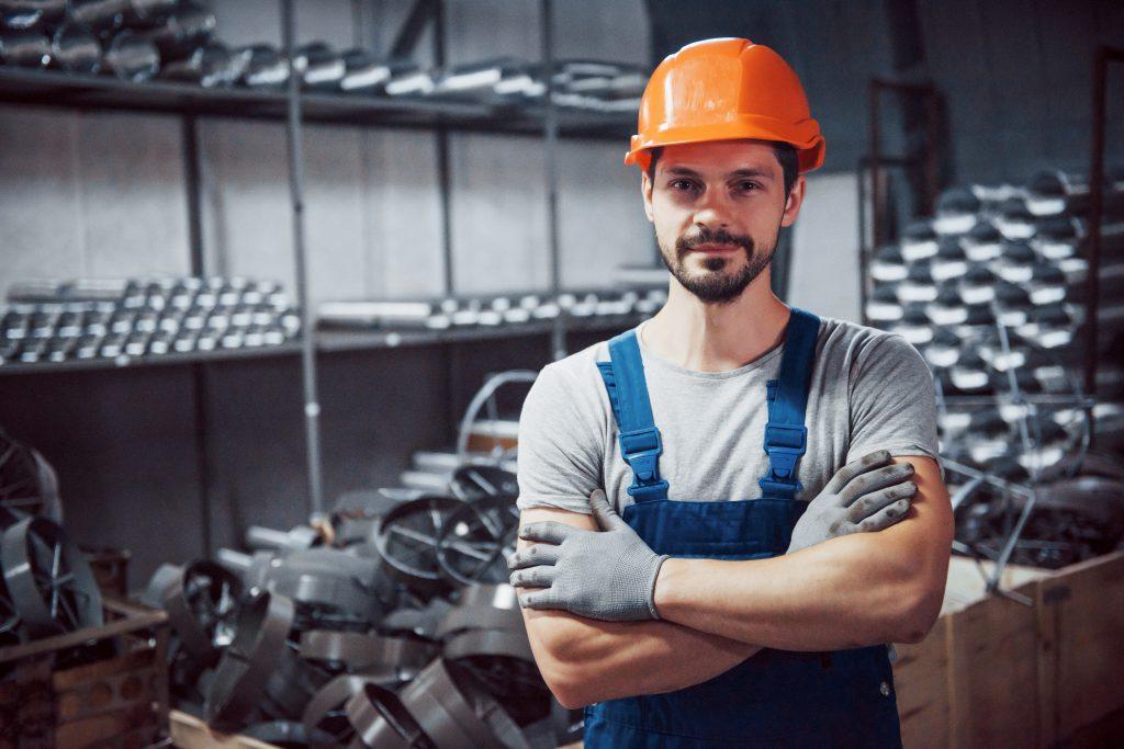 jak rekrutować pracowników produkcyjnych